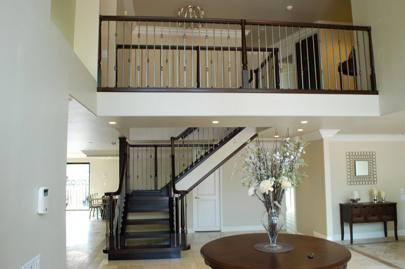 The Craftsman Reflecting A Handsome Style Commonly Found In Homes Of The  North East, This Style Contains Large Posts And Straight Balusters That  Make A Bold ...